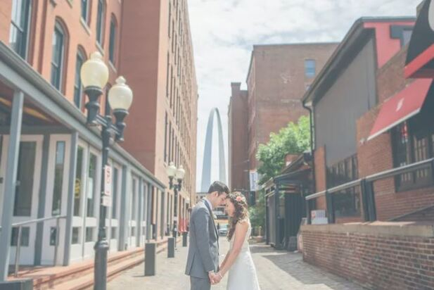 Couple in St Louis having a simple elopement ceremony